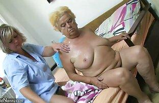 Lea Martini 2 filles dans la tv porno gratuit salle de bain