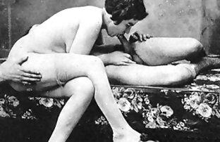 Babe film sex francais gratuit donne un footjob en bas FF