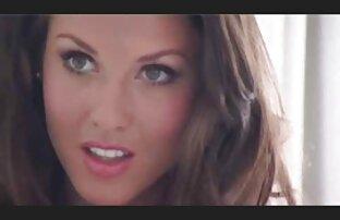 MILF blonde française en bas clouée video sexe adulte gratuit sur la table