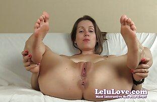 Une rousse sex film tukif mature donne une branlette humide